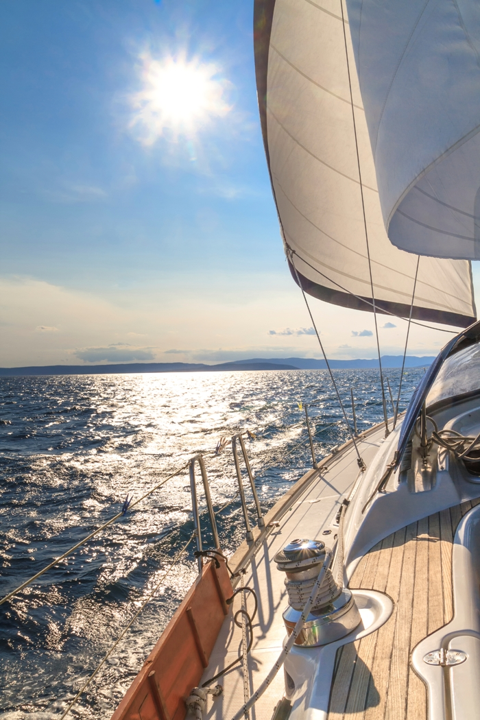 Sailing in greece, sea and sun